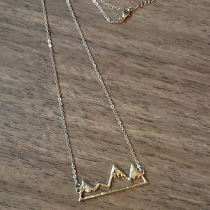 🆕️ 'Move Mountains'🏔 necklace